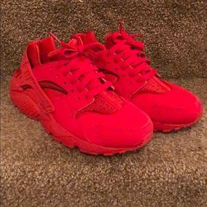 NIKE AIR Huarache Run ** Red **